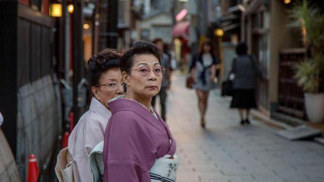 Cuộc sống trẻ hóa của người già tại Nhật Bản: Sống độc lập, kết giao với bạn bè, phong cách sống cực kỳ phong phú không hề kém thanh niên  - Ảnh 1.