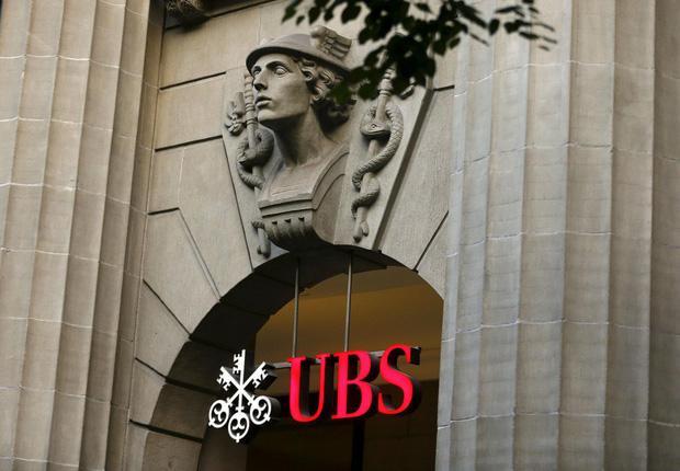 Giới siêu giàu dùng ngân hàng: Chọn dịch vụ trên trời, hưởng đặc quyền xa xỉ nhưng vẫn phải tiền đẻ ra tiền - Ảnh 2.