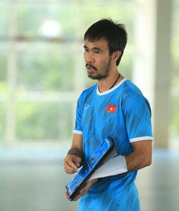 HLV Phạm Minh Giang của ĐT Futsal Việt Nam mắc COVID-19 - Ảnh 2.