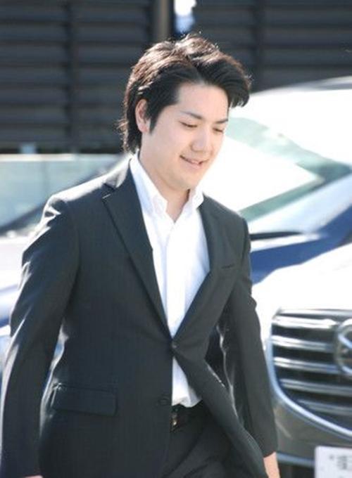 Công chúa Nhật Bản lộ diện trước khi kết hôn, hứng chịu mọi sự hắt hủi nhưng vị hôn phu của cô đang nơi đâu? - Ảnh 4.