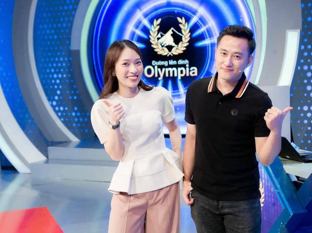 Chính thức: Đường Lên Đỉnh Olympia xác nhận Khánh Vy trở thành MC từ mùa 22, còn dùng thơ so sánh với cả Diệp Chi - Ảnh 2.