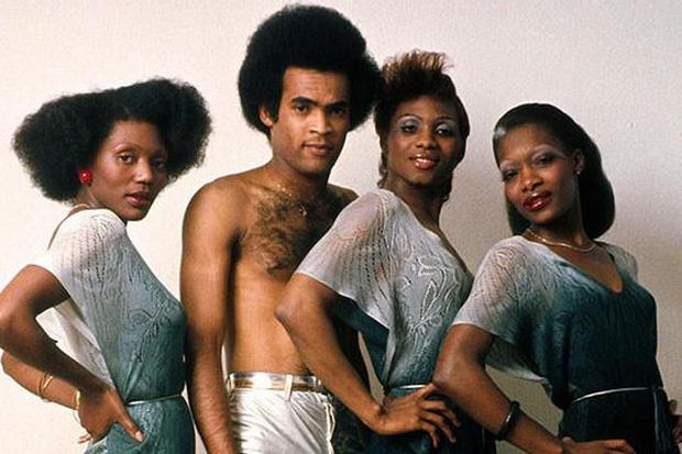 Vụ lừa đảo lớn nhất lịch sử âm nhạc: Nhóm 4 người siêu nổi tiếng nhưng chỉ 1 người biết hát, và giọng đó là của... ông bầu? - Ảnh 7.