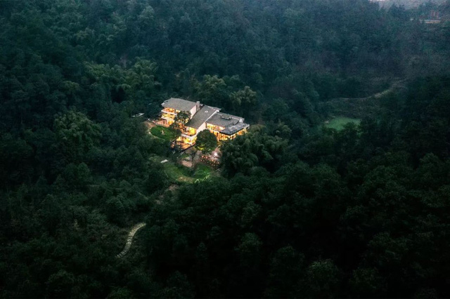 Ngôi nhà vườn khiến ai cũng trầm trồ của nữ biên tập viên rời phố, cùng chồng và bố mẹ về quê sống cuộc đời an nhàn  - Ảnh 12.