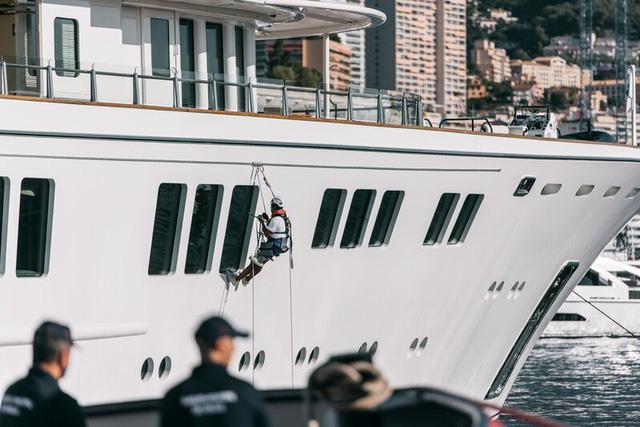 Cảnh xa xỉ tại triển lãm du thuyền Monaco, nơi quy tụ tài sản của nhà giàu thế giới  - Ảnh 7.