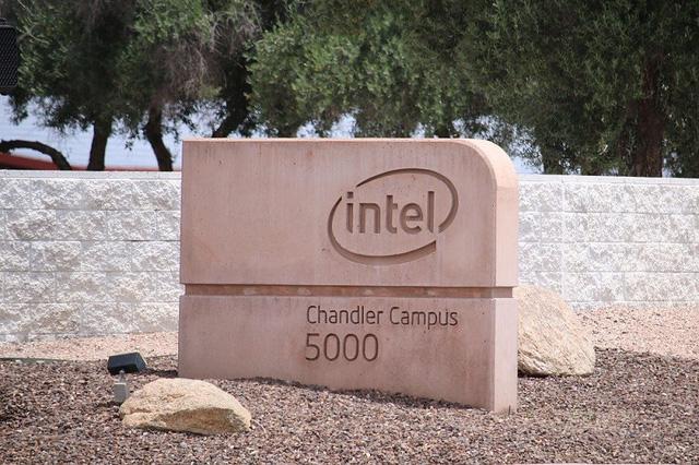 """""""Nóng"""" cuộc đua xây dựng nhà máy chip ở Mỹ - Ảnh 1."""