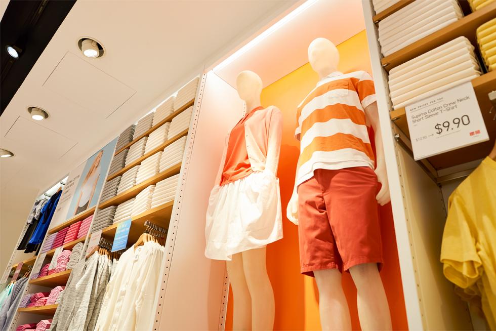 Chẳng ai khen đồ Uniqlo đẹp, hợp mốt, nhờ đâu nhà bán lẻ thời trang Nhật vẫn leo lên top đầu thế giới, đe dọa - Ảnh 16.
