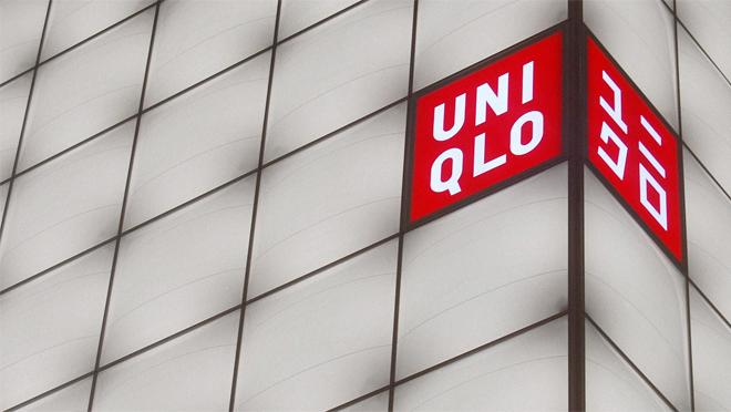 Chẳng ai khen đồ Uniqlo đẹp, hợp mốt, nhờ đâu nhà bán lẻ thời trang Nhật vẫn leo lên top đầu thế giới, đe dọa ngôi vương của H&M, Zara? - Ảnh 22.