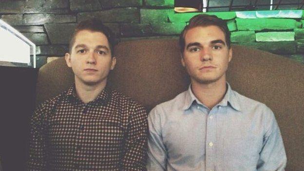 Mackenzie Keast (bên trái) và Evan Keast (bên phải).