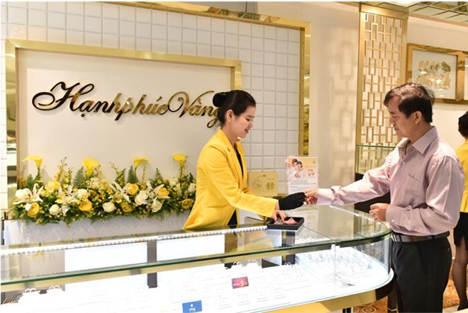 Bà Cao Thị Ngọc Dung: Từ cán bộ Nhà nước tới nữ tướng có tầm nhìn xa tới 2 thập kỷ, biến PNJ thành nhà bán lẻ trang sức số 1 Việt Nam - Ảnh 6.