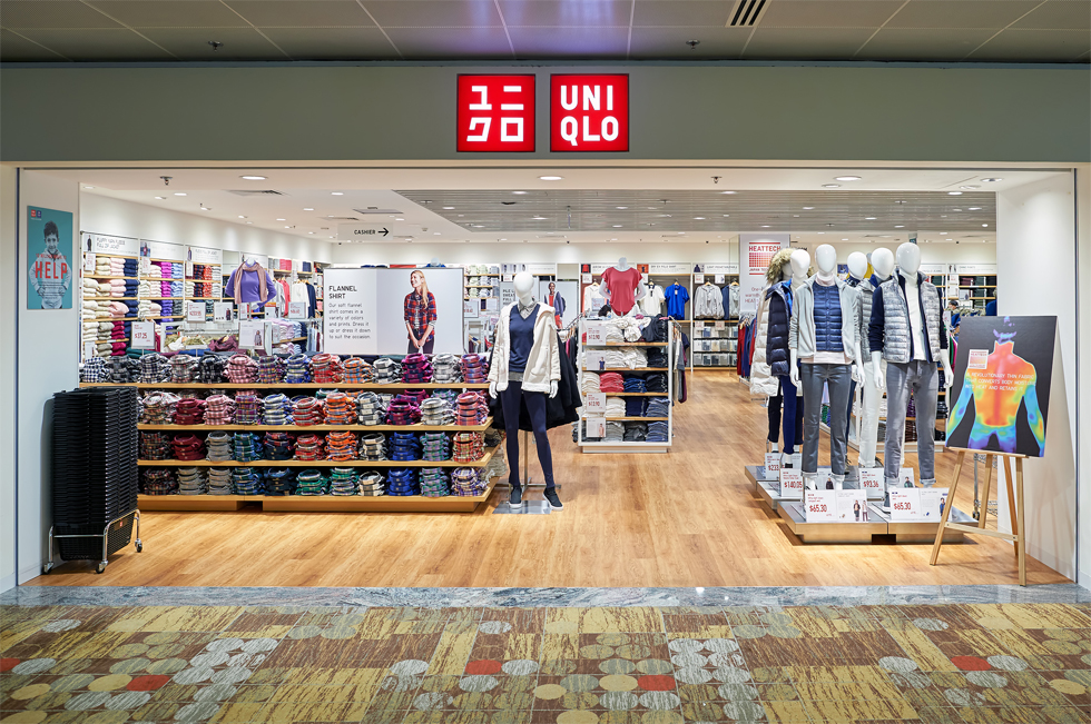 Chẳng ai khen đồ Uniqlo đẹp, hợp mốt, nhờ đâu nhà bán lẻ thời trang Nhật vẫn leo lên top đầu thế giới, đe dọa - Ảnh 12.