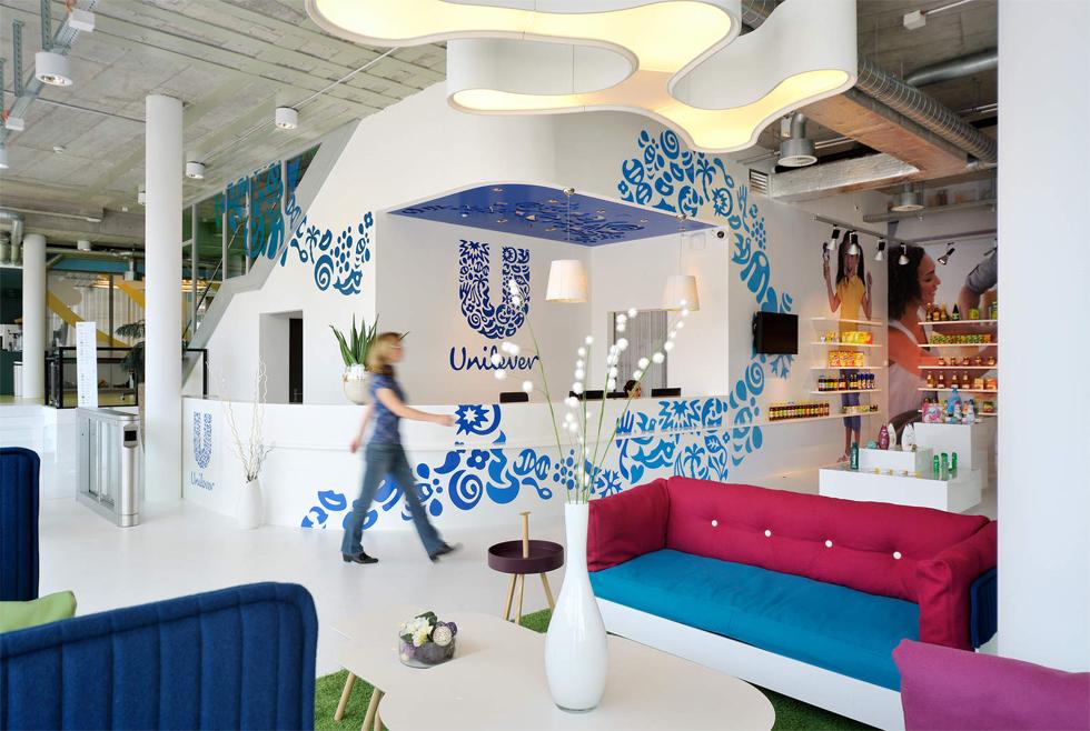 Unilever: Chủ thương hiệu Lifebuoy, P/S… đang kiếm nhiều tiền hơn chỉ nhờ một điệu dân vũ rửa tay ở Việt Nam như thế nào? - Ảnh 9.