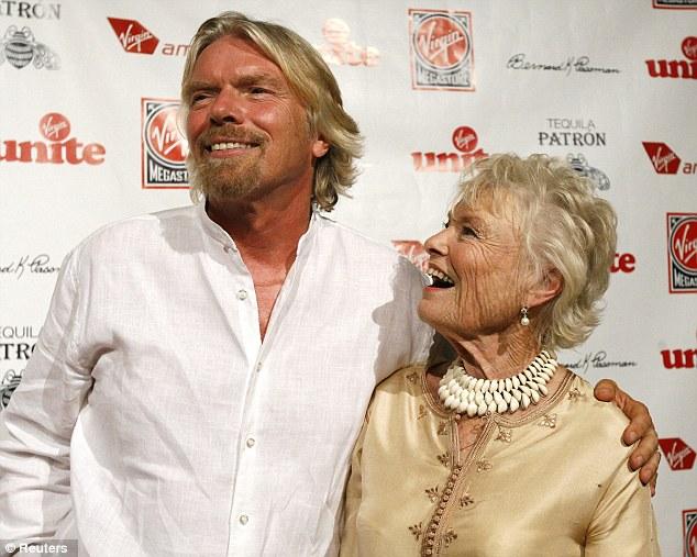 Không phải đi học đâu xa vời, lời dạy của cha mẹ chính là bài học kinh doanh nhớ mãi của những người nổi tiếng này - Ảnh 3.