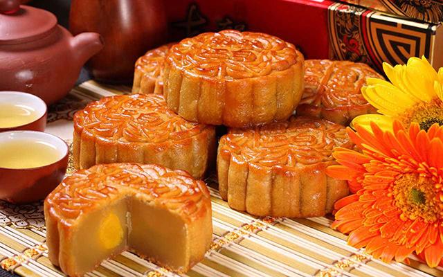 Bạn đã biết cách thưởng thức bánh dẻo, bánh nướng để không bị béo phì, tim mạch chưa? - Ảnh 1.