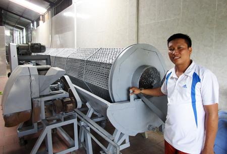 Công nghệ sản xuất tinh bột nghệ khép kín. Ảnh: HMC.