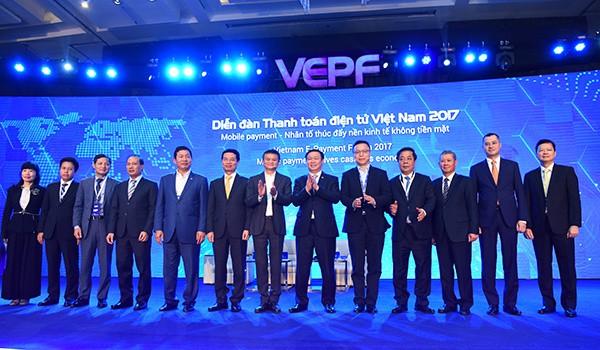 Jack Ma đã nói những gì trong 1 giờ đồng hồ truyền cảm hứng cho doanh nhân, startup Việt? - Ảnh 3.