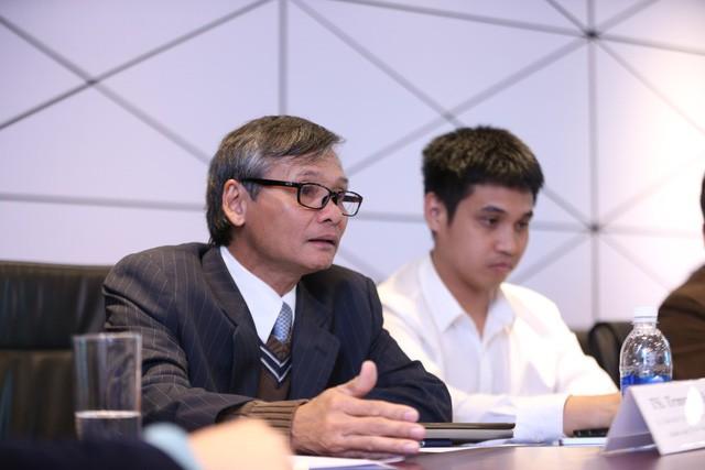 Ông Trương Văn Phước: Tôi có sự so sánh ẩn dụ về tăng trưởng của GDP với điểm số của một cậu học trò nghèo - Ảnh 2.