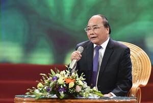 """Thủ tướng Nguyễn Xuân Phúc: """"Đời thiếu mẹ hiền, không phụ nữ. Anh hùng thi sĩ hỏi còn đâu?"""" - Ảnh 1."""