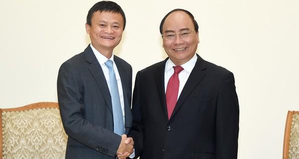 Jack Ma đã nói những gì trong 1 giờ đồng hồ truyền cảm hứng cho doanh nhân, startup Việt? - Ảnh 2.