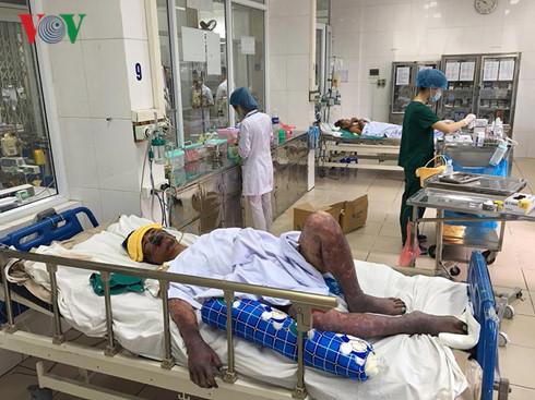 Nhiễm liên cầu lợn do ăn tiết canh, bệnh nhân này có nguy cơ phải cắt cụt các đầu ngón tay, chân. (Ảnh: L.H)
