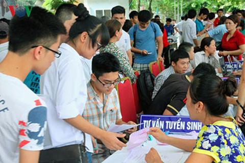 Bộ GD-ĐT công bố điểm sàn xét tuyển vào đại học năm 2017 - Ảnh 1.