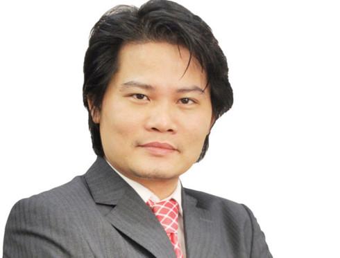 Tiến sỹ Quách Mạnh Hào, giảng viên cấp cao môn tài chính Đại học Lincoln (Vương quốc Anh) .