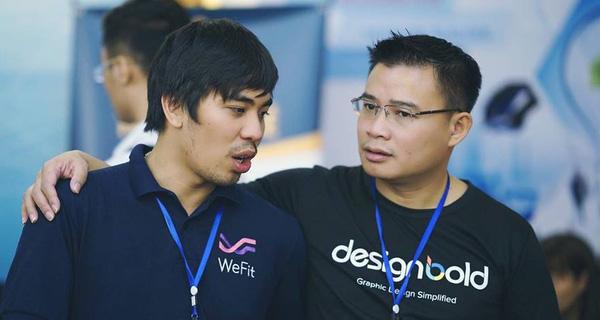Hùng Đinh (bên phải) - Nhà sáng lập JoomlArt và DesignBold