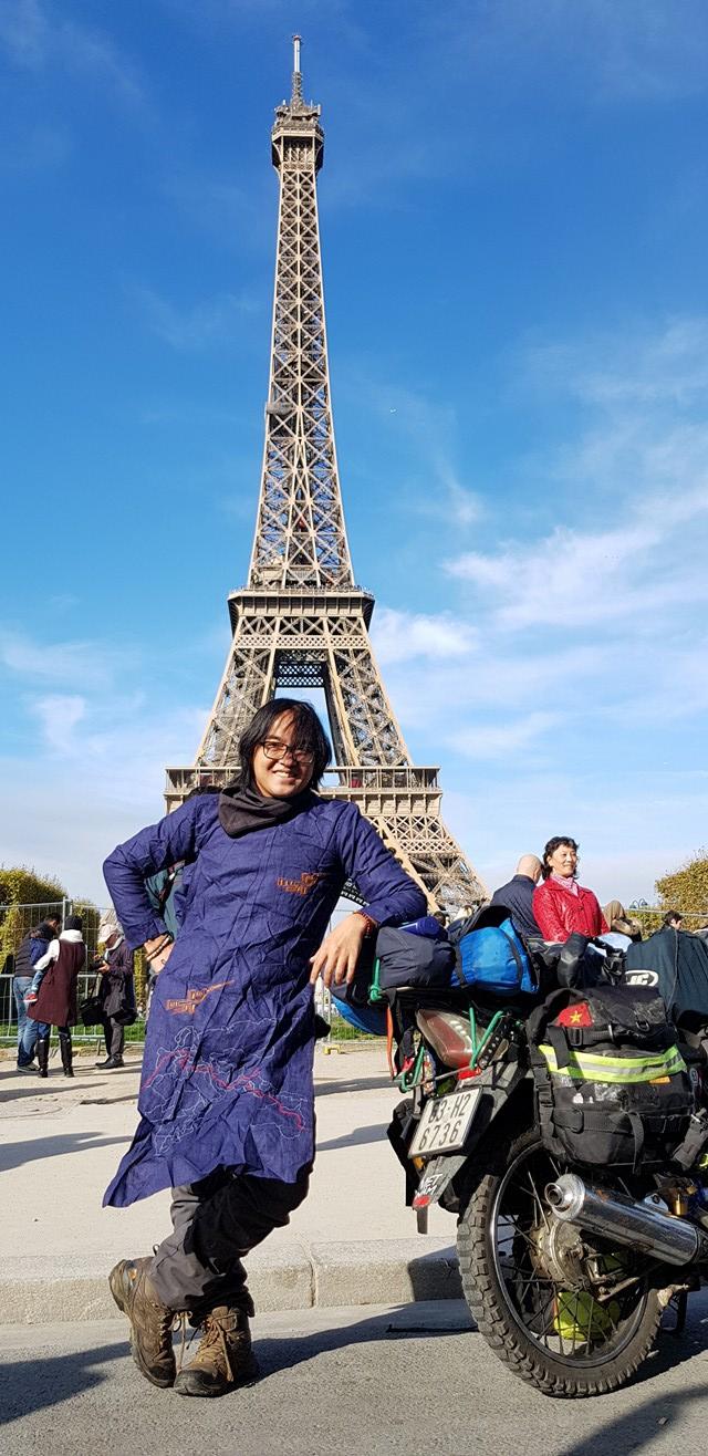 Paris, Pháp là đích đến cuối cùng trong hành trình đi khắp thế gian bằng xe máy của 8x Tiền Giang