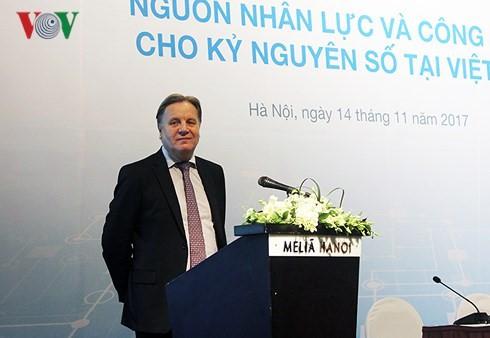Ông Simon Matthews, Tổng giám đốc tại Việt Nam của Tập đoàn Tư vấn nhân lực đa quốc gia ManpowerGroup.