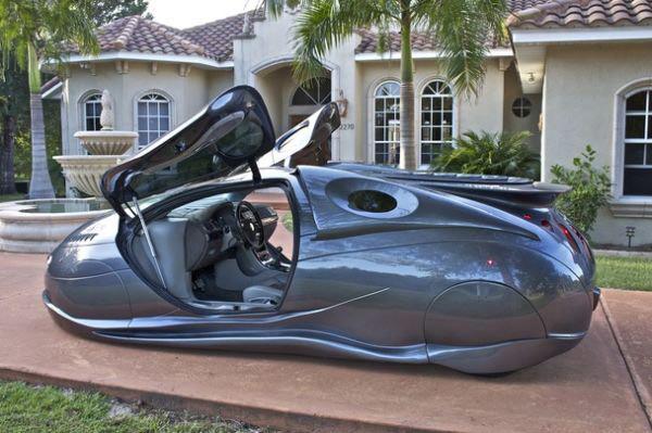 Mike Vetter đã tạo ra những chiếc xe như thế này từ vài thứ tạp nham
