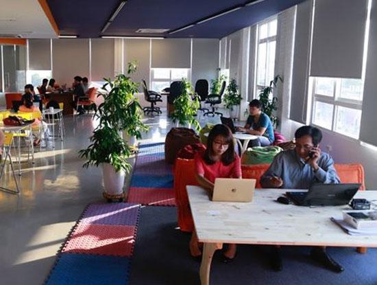 Theo bà Thạch Lê Anh, Chủ nhiệm Đề án Vietnam Silicon Valley, các startup công nghệ Việt Nam tuy có nền tảng kỹ thuật tốt nhưng còn thiếu và yếu về kiến thức kinh doanh. (Ảnh minh họa. Nguồn: siliconvalley.com.vn)