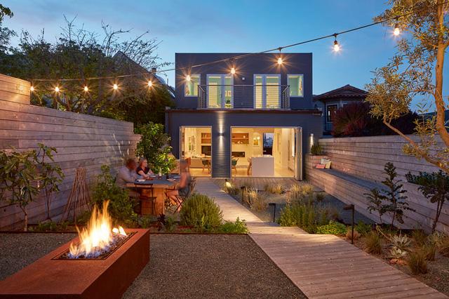 ngôi nhà 2 tầng đẹp như resort