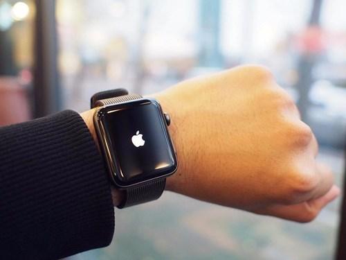Chiếc đồng hồ của những CEO quyền lực nhất thế giới - Ảnh 1.
