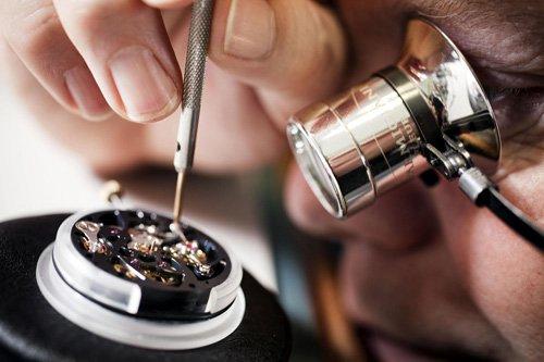 7 sự thật lý giải mức giá trên trời của đồng hồ Rolex - Ảnh 2.