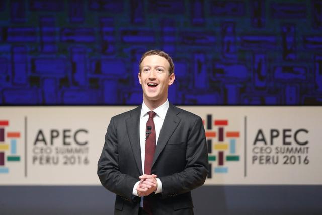 Ngày ấy - bây giờ của 8 tỷ phú công nghệ nổi tiếng nhất Silicon Valley: Từ dép lê, quần bò xắn gấu đến suit lịch lãm - Ảnh 2.