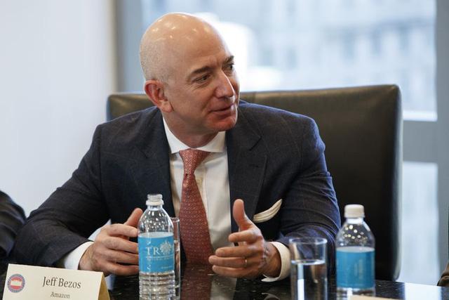 Tim Cook, Jeff Bezos, COO Facebook hồi 20 tuổi như thế nào?  - Ảnh 2.