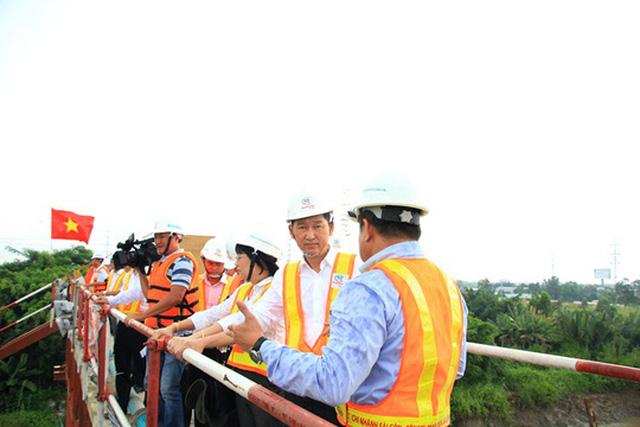 TP.HCM quyết liệt đòi mặt bằng cho dự án 10.000 tỉ đồng - Ảnh 1.