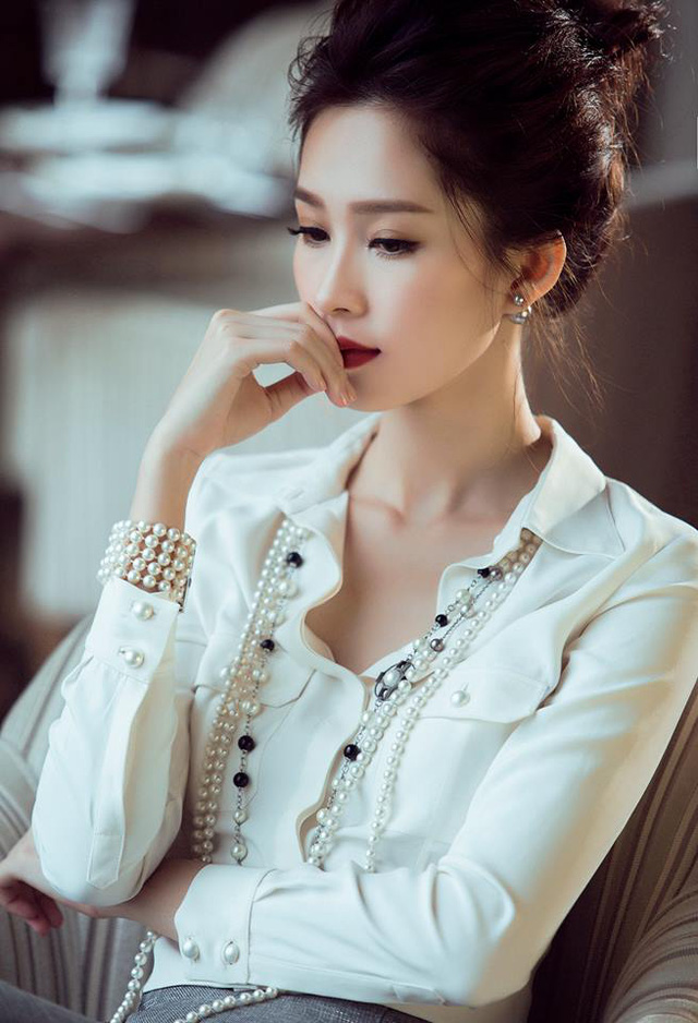 Hoa hậu Đặng Thu Thảo: Từ con gái của người thợ may thành con dâu nhà đại gia bất động sản - Ảnh 2.