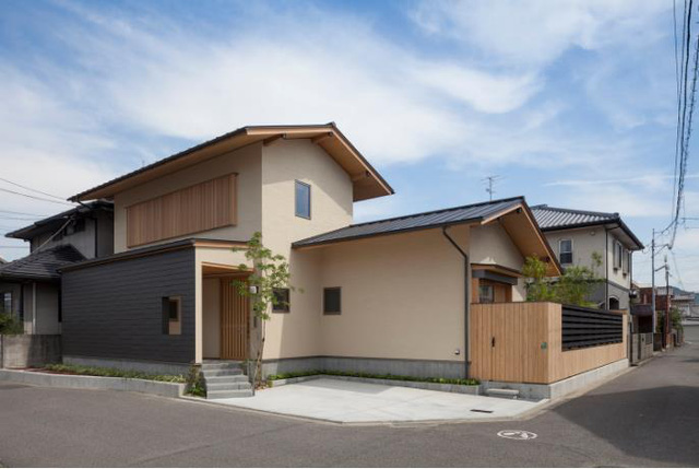 Báo Mỹ ấn tượng với cách bài trí, thiết kế không gian căn nhà tuyệt đẹp của cặp vợ chồng già người Nhật - Ảnh 1.