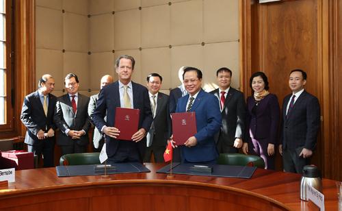 Việt Nam sẽ thực hiện đầy đủ các cam kết với WTO - Ảnh 2.