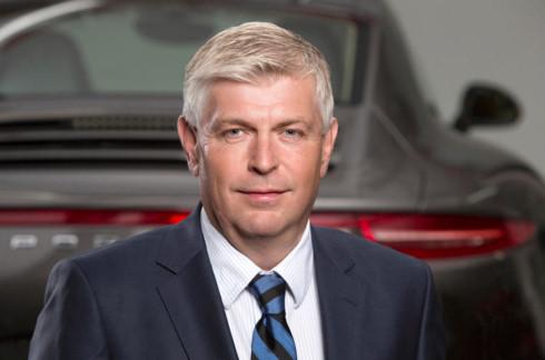 Rộ tin cựu Giám đốc Volkswagen Wolfgang Hatz bị bắt  - Ảnh 1.
