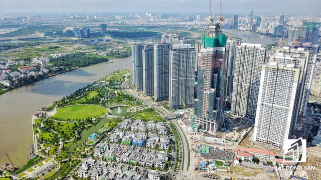 Cận cảnh nhiều khu cảng lớn tại Sài Gòn được di dời nhường đất phát triển đô thị - Ảnh 1.