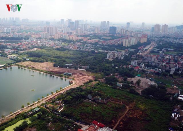 Ảnh: Con đường hơn nghìn tỷ ở Hà Nội 15 năm chưa làm xong  - Ảnh 1.