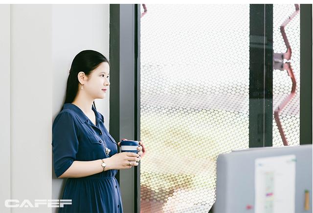 Lê Thái Hà: Nữ giảng viên có thời gian đã đi vào hoạt động luận án Tiến sĩ ngắn kỷ lục ở Đại học số 1 Singapore - Ảnh 1.