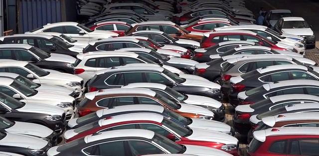 Lô xe BMW từng bị ngừng thông quan bất ngờ được rao bán với giá từ 1 tỷ đồng - Ảnh 2.