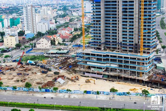 Những dự án condotel tại cung đường đắt giá nhất Đà Nẵng hiện nay ra sao? - Ảnh 2.