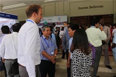 1.000 khách quốc tế đến Việt Nam tìm hiểu hạt điều - Ảnh 2.
