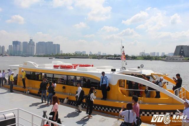 Dân Sài Gòn sẽ được đi buýt sông miễn phí trong 10 ngày Thứ nhất - Ảnh 1.