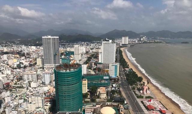 """Vụ """"tố nhau"""" hy hữu giữa nhà thầu số 1 Việt Nam Coteccons và Công ty Vịnh Nha Trang, chủ thực sự của dự án là ai? - Ảnh 1."""