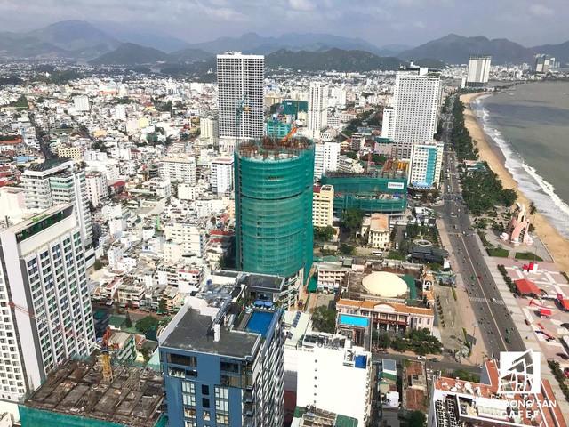 Cận cảnh dự án Panorama Nha Trang đang vướng tranh chấp với nhà thầu xây dựng số 1 Việt Nam Coteccons - Ảnh 1.