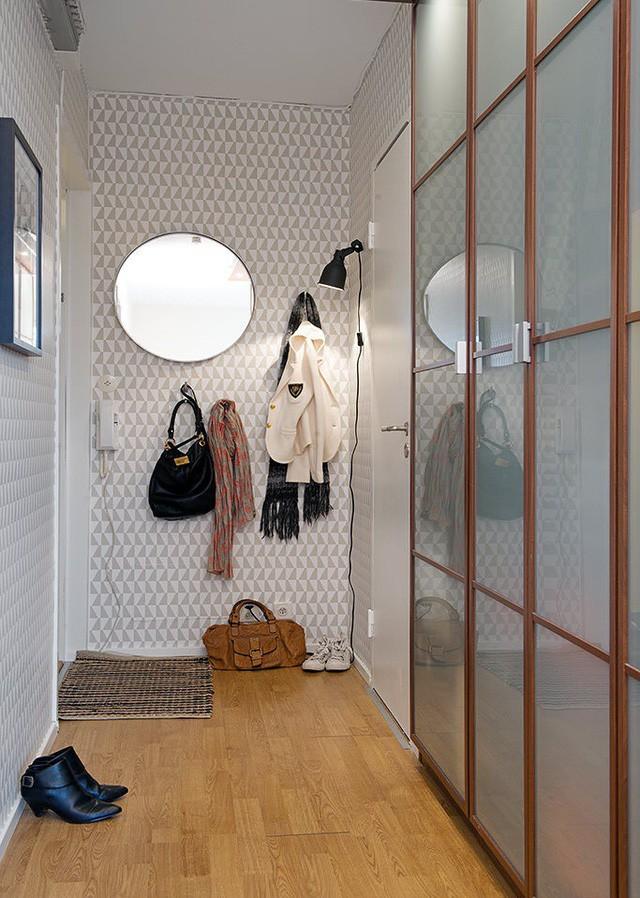 Phong cách thiết kế nội thất Bắc Âu (Scandinavia) ấn tượng trong căn hộ hơn 40m2  - Ảnh 1.